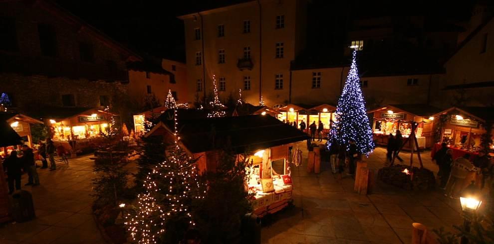 Mercatini Di Natale Aosta.Mercatino Di Natale Aosta